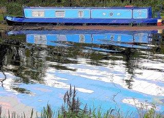 narrowboat-at-littleport